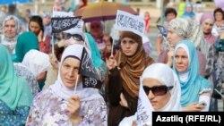 Муфтийге кол салуудан кийин 700гө жакын адамдын камакка алынышына каршы нааразылык акциясы, 5-август, 2012-жыл