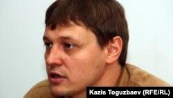 """Взгляд"" газетінің бас редакторы Игорь Винявский."