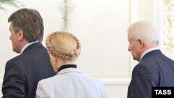 Политический кризис на Украине разрешится без участия посредников, считают политологи
