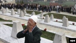Kosovo, groblje na kojem su sahranjene žrtve iz kosovskog sela Račak