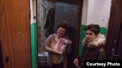Алина Севцова агитирует за Навального