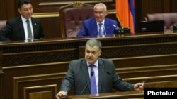 Armenia - Davit Harutiunian, the chief of the Armenian government staff, speaks during a parliamentary debate in Yerevan on the Electoral Code, 27Jun2016.