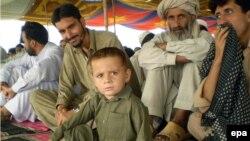 Операция против талибов в Южном Вазиристане может принести не только военный успех, но и почти 200 тысяч беженцев