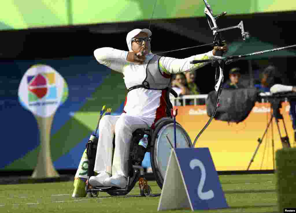 Zahra Nemati of Iran, a disabled archer who was Iran's flag-bearer for the Rio games, loses her match against Inna Stepanova of Russia.