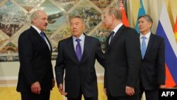 Еуразиялық экономикалық кеңес саммитіне келген мемлекет басшылары. Астана, 29 мамыр 2013 жыл.