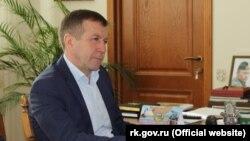 Геннадій Нараєв