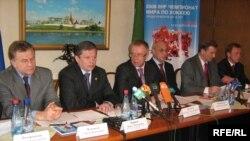 Татарстанның вәкәләтле вәкиллегендә Русиянең спорт җитәкчелеге җурналистлар белән очрашу