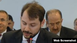 Die Welt says one of its reporters has been detained in connection with his reports about a hack on the e-mail account of Turkish Energy Minister Berat Albayrak (pictured).