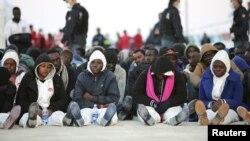 Мигранты на Сицилии, Италия. Иллюстративное фото.