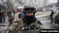 Украинский солдат в Донбассе.