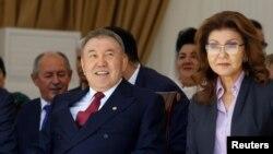 Қазақстан президенті Нұрсұлтан Назарбаев пен оның үлкен қызы Дариға Назарбаева.