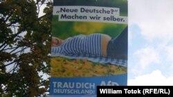 Poster anti-migraţionist şi xenofob al AfD, Berlin