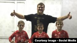 Сыновья Кадырова, как правило, оказываются чемпионами среди сверстников