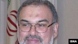 سیدرضا سجادی، سفير ايران در مسکو، مى گويد به «صلاح روسيه» نيست كه بخواهد از ايران فاصله بگيرد.