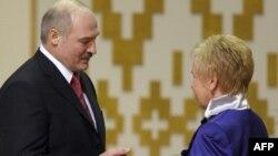 Лидия Ермошина с президентом Белоруссии Александром Лукашенко