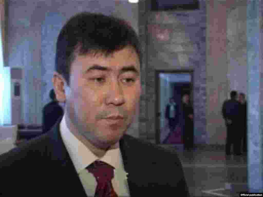 Торогул Беков, руководитель Аппарата правительства.
