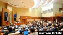 Сессия парламента Казахстана. Иллюстративное фото.