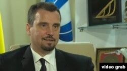 Айварас Абромавичус під час інтерв'ю телевізійній програмі «Настоящее время»