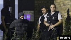 Франциянын полиция кызматкерлери атайын операция маалында