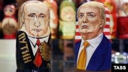 Ілюстративне фото. Традиційні російські ляльки-матрьошки у вигляді Володимира Путіна та Дональда Трампа