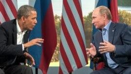 Barack Obama (lijevo) i Vladimir Putin