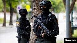 Військові захопили владу в Таїланді після кількох місяців масових протестів