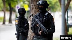 Թայլանդ - Հատուկ ջոկատայինները մայրաքաղաք Բանգկոկի փողոցներում, 23-ը մայիսի, 2014թ․