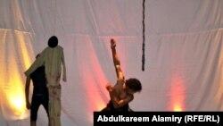 مشهد من مهرجان المسرح التعبيري في البصرة