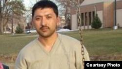 """Жамшид Мухторов, Өзбекстаннан шыққан, АҚШ-та """"исламшыл экстремистік топты қолдады"""" деген күдікпен қамауда отырған босқын."""