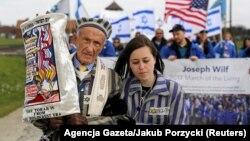 راهپیمایی «رژه زندگان» در آشویتس