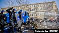 Разгон акции протеста в Баку. 10 марта 2013 года.