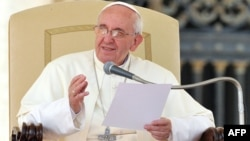 Выступление Папы Римского Франциска на в Ватикане. 2013.
