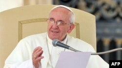 Pope Francis is urging the Vatican to be more pastors than bureaucrats. (file photo)