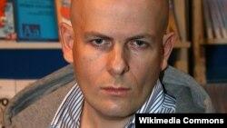 Журналіст Олесь Бузина