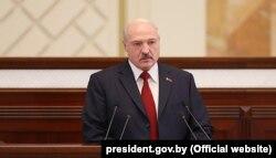 Пасланьне Аляксандра Лукашэнкі парлямэнту 19 красавіка 2019 году.