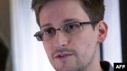 Эдвард Сноуден - дар меҳвари таниши нави Русияву Амрико
