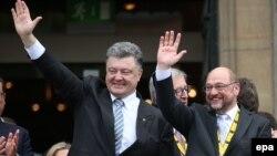 Петро Порошенко та Мартін Шульц, архівне фото