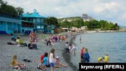 Курортний сезон у Криму, Алушта, 1 червня 2015