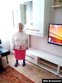 83-летнюю Аксинью ласково называют Ксюша. Женщина живет здесь уже 42 года