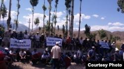 Митинг против разработки месторождения Джеруй в Таласской области. Архивное фото.