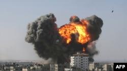Газа тилкесиндеги Рафах шаары Изралдик күчтөрдүн соккусунан кийин, 13Jan2009