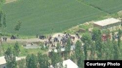 Түтүктөрдүн бири аркылуу Өзбекстан Сох анклавына газ берет. Сох. 2010-жыл.