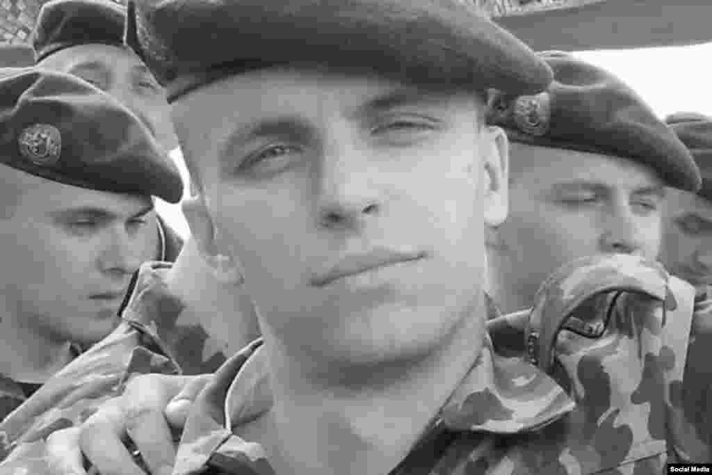 Роман Бондаренко під час служби в армії