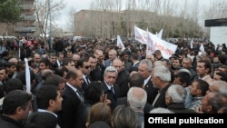 Armenia - President Serzh Sarkisian (C) talks to voters on an election campaign trip to Aragatsotn province, 20Apr2012.