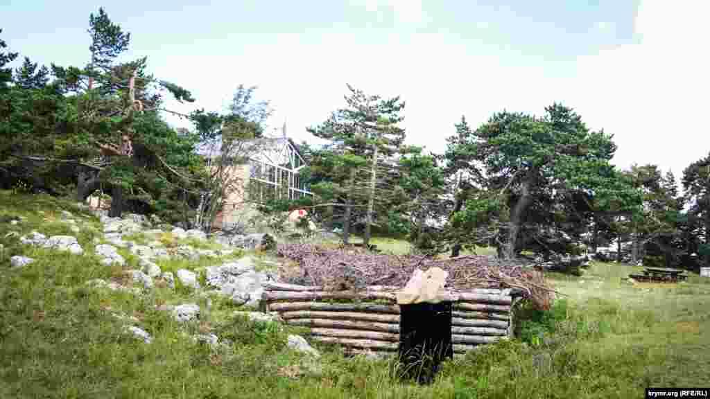 9 мая здесь устраивают реконструкции партизанских боев