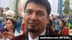 Düýeji: Türkmenistanyň teatry syýasy propagandanyň täsirinde