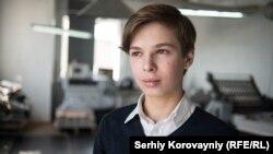 Артем Кирилов, син упорядниці книги «Nomina», також долучився до створення «родинного альбому»