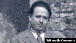 Kurt Tuholskiý Parižde. 1928 ý.