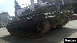 Tank sirian afër Damaskut
