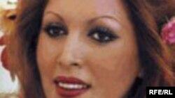 مهستی خواننده ايرانی ساکن آمريکا، سرانجام پس از چهار سال دست و پنجه نرم کردن با بيماری سرطان روز دوشنبه ۲۵ ژوئن در سانتا رزا در شمال ايالت کاليفرنيا درگذشت.